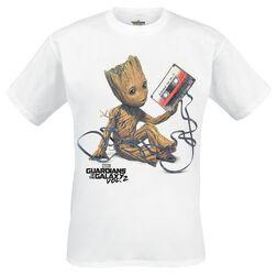 2 - Groot & Tape